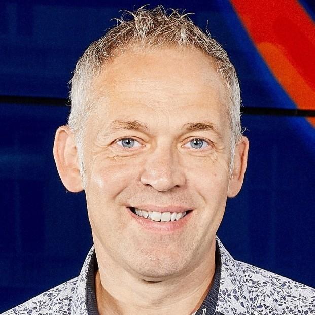 Mike Davis headshot